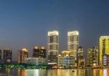 """上海最高""""双子塔""""竣工 将打造标志性来福士综合体"""