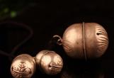 老物件收藏热 老铃铛新玩法